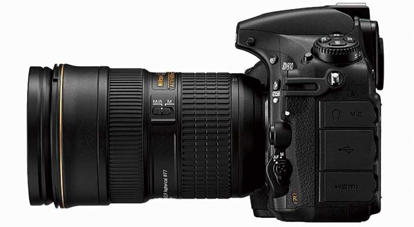 Nikon D810 side