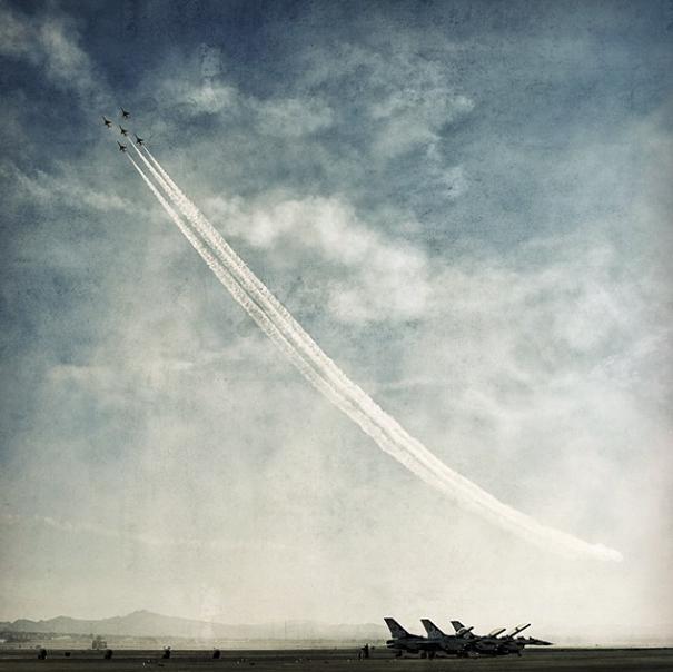 Thunderbirds D750