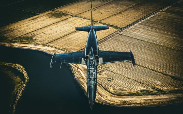 Advertising Photographer Blair Bunting makes Top Gun